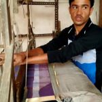 Manual Weaving of Booti in Raj Mahal by junior weaver - subtitled